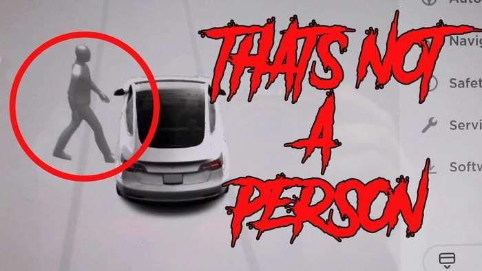 ШОК ВИДЕО: Tesla электрокари қабристонда арвоҳни «кўриб» тўхтади!