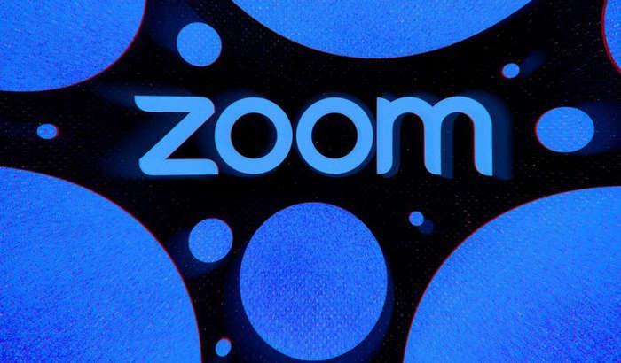 Диний сабоқ ўртасида порно-ролик намойиш этилгани учун Zoom'ни судга беришди