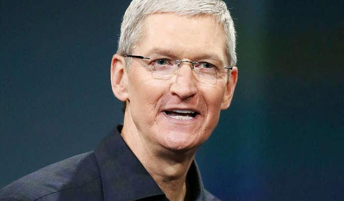 2020 йилда ҳам айрим Apple раҳбарлари Тим Кукдан кўп даромад кўришди!