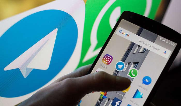 Prezident xalqqa o'z Telegram va WhatsApp raqamlarini berdi: «Meni ham guruhingizga qo'shib qo'ying!»