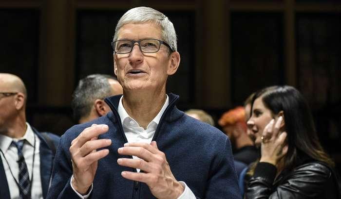 Блогер Apple устидан кулиб, механик клавиатурали MacBook Pro яратди (+видео)