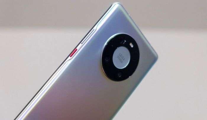 Брюс Ли «биринчи рақамли Android-смартфон»ни эълон қилди