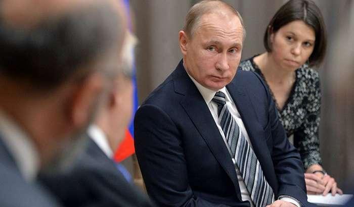 Google таржимони фақат Путинни президент деб ҳисоблаяпти!